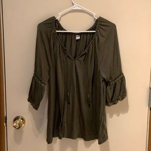 Olive green old navy top